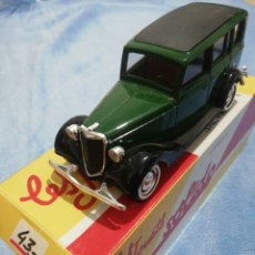 Voitures à l'échelle: FORD V8 1936 SOLIDO. Lote 232489300