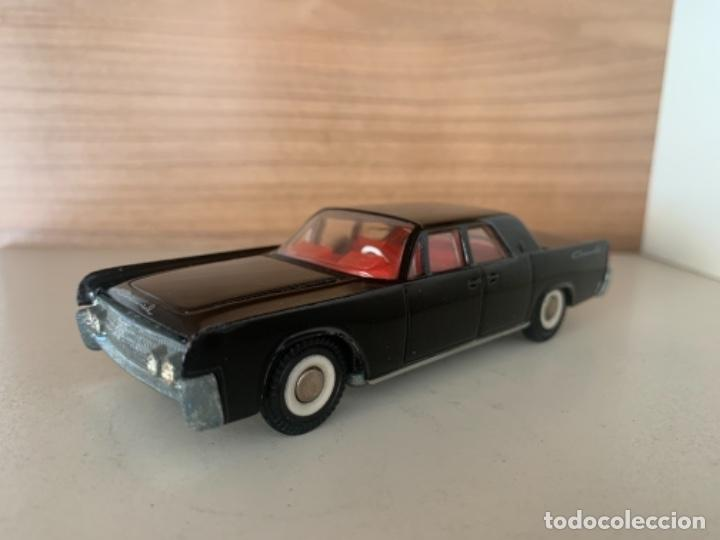 DALIA SOLIDO LINCOLN CONTINENTAL ESCALA 1/43 MADE IN SPAIN (Juguetes - Coches a Escala 1:43 Solido)