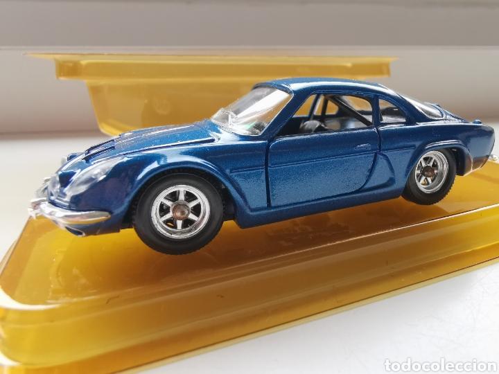 Coches a escala: Coche 1/43 Renault Alpine Berlinette de Solido. Nº83 - Foto 3 - 236489430