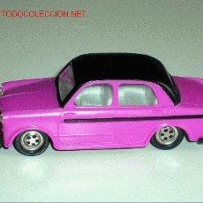 Coches a escala: RARO FIAT 1100 LUSSO BERLINA, FABRICADO EN PLÁSTICO, ESC. 1/43 POR LA CASA KDN, AÑOS 70. PERFECTO.. Lote 5442566