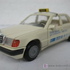 Coches a escala: ( MERCEDES-BENZ ) 300E CURSOR-MODELL MADE IN FEDERAL REPUBLIC OF GERMANY. Lote 17156695