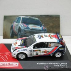 Coches a escala: CARLOS SAINZ -FORD FOCUS WRC-AÑO 2000 -RALLY DE CHIPRE -ESCALA 1/43. Lote 234931450