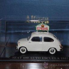 Coches a escala: SEAT 600 AUTO ESCUELA 1957 ALTAYA, 1:43 NUEVO, RAREZA, REGALO SUSCRIPTORES. Lote 33377805