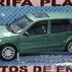 Coches a escala: VW GOLF IV ESCALA 1:43 DE HONGWELL EN CAJA. Lote 222091415