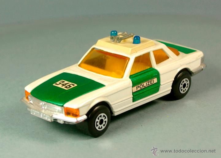 Coches a escala: MERCEDES BENZ 350 SLC POLIZEI POLICIA ALEMANIA - 1974 MATCHBOX K-61 LESNEY 1/43 - Made England - Foto 2 - 41770287