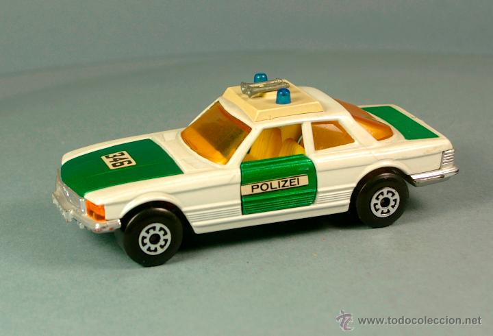 Coches a escala: MERCEDES BENZ 350 SLC POLIZEI POLICIA ALEMANIA - 1974 MATCHBOX K-61 LESNEY 1/43 - Made England - Foto 3 - 41770287