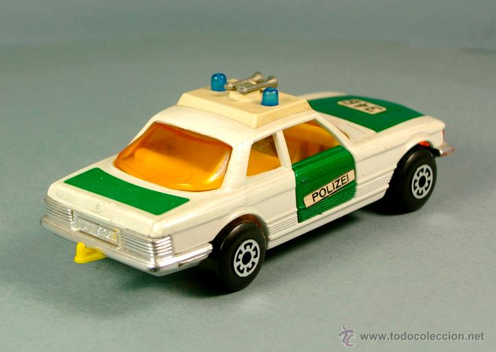 Coches a escala: MERCEDES BENZ 350 SLC POLIZEI POLICIA ALEMANIA - 1974 MATCHBOX K-61 LESNEY 1/43 - Made England - Foto 4 - 41770287
