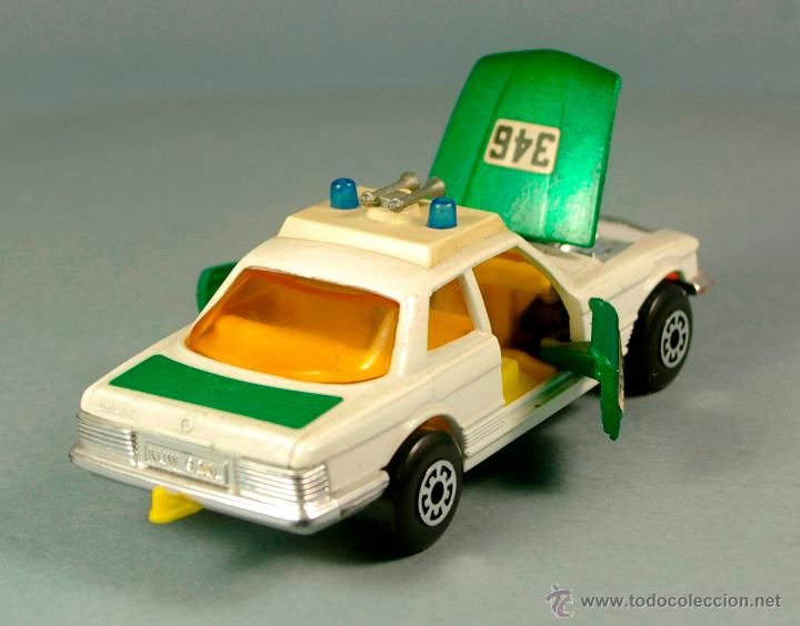 Coches a escala: MERCEDES BENZ 350 SLC POLIZEI POLICIA ALEMANIA - 1974 MATCHBOX K-61 LESNEY 1/43 - Made England - Foto 5 - 41770287
