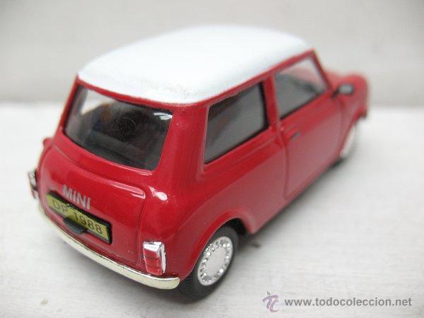 Coches a escala: Del Prado - Coche Mini Cooper rojo 1970 - Escala 1/43 - Foto 4 - 42106228