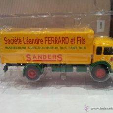 Coches a escala: SAVIEM-JL 21 FRACIA 1963 CAMIONES DE ANTAÑO NUEVO CON CAJA. Lote 45528949