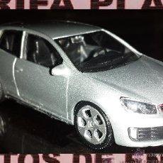 Coches a escala: VW GOLF ESCALA 1:43 EN CAJA NO ORIGINAL. Lote 46205623