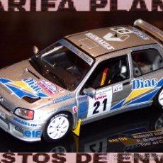 Coches a escala - RENAULT CLIO MAXI RALLYE DE TOUR DE CORSE 1995 P. BUGALSKI -J.P. CHIARONI ESCALA 1:43 DE IXO EN CAJA - 49792419