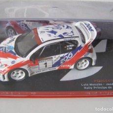 Coches a escala: PEUGEOT 206 WRC DEL RALLY PRINCIPE DE ASTURIAS DE 1993 , CAMPEONES ESPAÑOLES, ALTAYA.. Lote 134204726