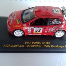 Coches a escala: FIAT PUNTO S1600 A.DALAVILLA - D.FAPPANI ESCALA 1:43 RALLY CATALUNYA 2001. Lote 73762099