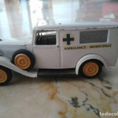 Coches a escala: AMBULANCE MUNICIPALE. MADE IN FRANCE. CITROEN.. Lote 97136319