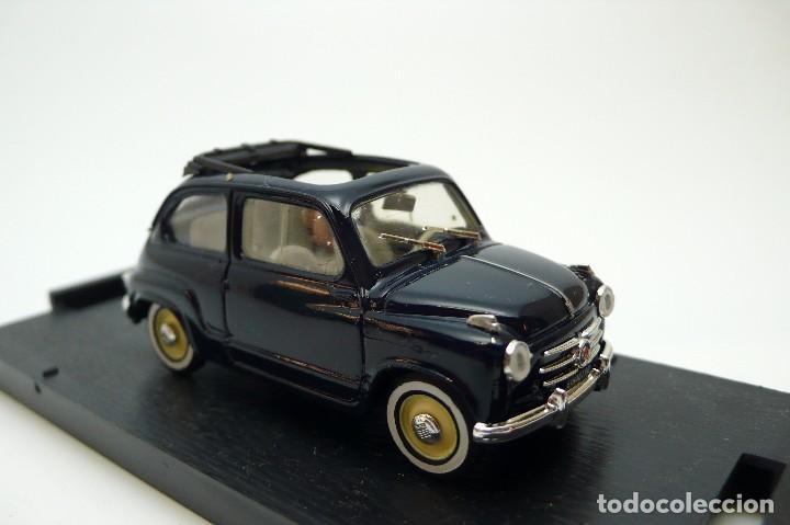 Coches a escala: BRUMM-Coche escala 1/43 Fiat 600 Trasformabile 1956 aperta- en caja - Foto 5 - 101894435