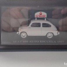 Coches a escala: SEAT 600 AUTOESCUELA SAN MARCIAL ALTAYA 1/43 REGALO SUSCRIPTORES. Lote 103713103