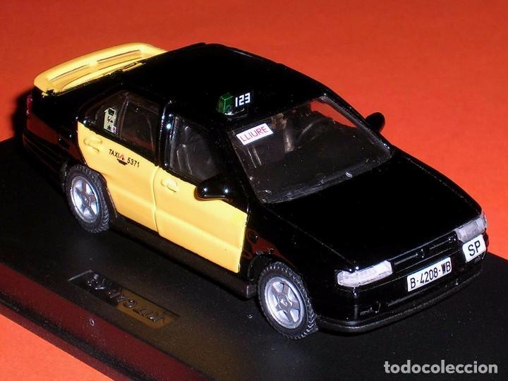 Coches a escala: Seat Toledo 1ª serie, Taxi Barcelona, metal esc. 1/43, Kit Car 43, base Pilen AHC. Impecable - Foto 5 - 158544697