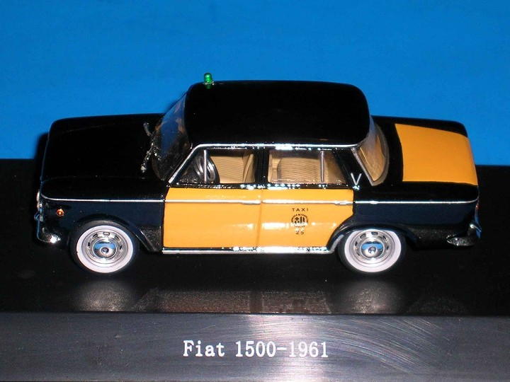 Coches a escala: Fiat 1500 Taxi Barcelona, metal esc. 1/43, Kit Car 43, base Starline. Impecable - Foto 3 - 110930382