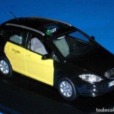 Coches a escala: SEAT ALTEA XL TAXI BARCELONA, METAL ESC. 1/43, KIT CAR 43, BASE J-COLLECTION SEAT AUTO EMOCIÓN.. Lote 110932631