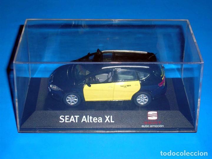 Coches a escala: Seat Altea XL Taxi Barcelona, metal esc. 1/43, Kit Car 43, base J-Collection Seat Auto Emoción. - Foto 2 - 110932631