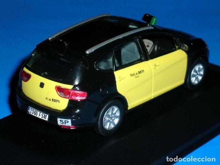 Coches a escala: Seat Altea XL Taxi Barcelona, metal esc. 1/43, Kit Car 43, base J-Collection Seat Auto Emoción. - Foto 6 - 110932631