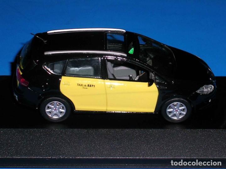 Coches a escala: Seat Altea XL Taxi Barcelona, metal esc. 1/43, Kit Car 43, base J-Collection Seat Auto Emoción. - Foto 7 - 110932631