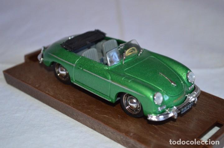 Coches a escala: Porsche 356 roadster. 1950. Serie Oro. 1/43. Brumm. Fabricado en Italia. romanjuguetesymas. - Foto 2 - 116549083