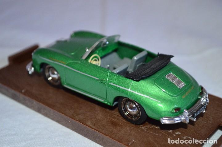 Coches a escala: Porsche 356 roadster. 1950. Serie Oro. 1/43. Brumm. Fabricado en Italia. romanjuguetesymas. - Foto 5 - 116549083