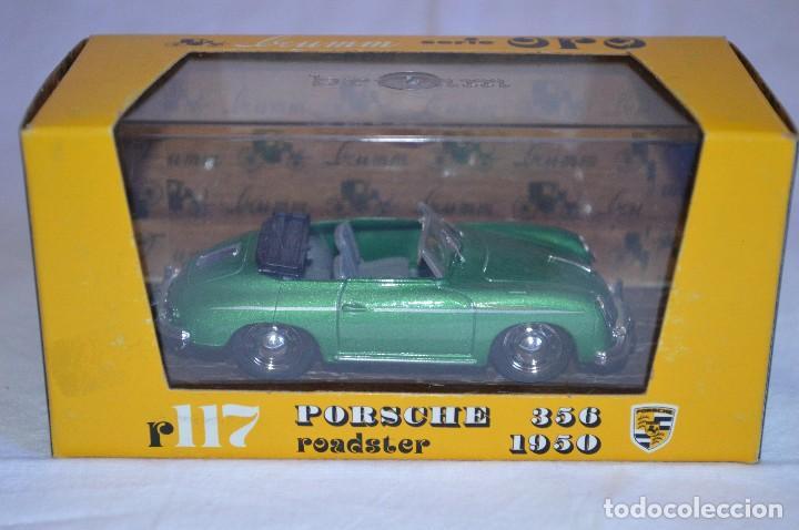 Coches a escala: Porsche 356 roadster. 1950. Serie Oro. 1/43. Brumm. Fabricado en Italia. romanjuguetesymas. - Foto 7 - 116549083