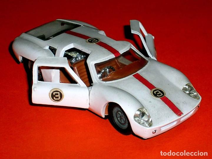 Coches a escala: Ford Lola GT ref. 534, metal, esc. 1/43, Politoys made in Italy, original años 60. - Foto 6 - 118259667