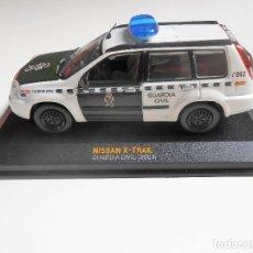 Coches a escala: COCHE NISSAN X-TRAIL XTRAIL GUADIA CIVIL 2004 MODEL CAR 1/43 1:43 POLICE 2004 MINIATURA. Lote 174459907