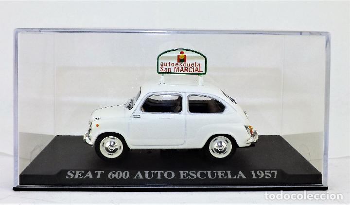 Coches a escala: Seat 600 Auto Escuela Altaya/Ixo - Foto 2 - 122555367