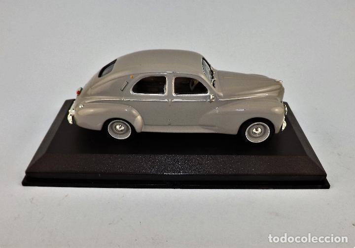 Coches a escala: Peugeot 203 de 1960 Altaya/Ixo - Foto 2 - 122616671