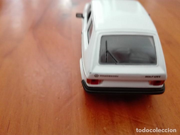 Coches a escala: VOLKSWAGEN GOLF GTI 1984 1/43 DEL PRADO - Foto 4 - 122625023