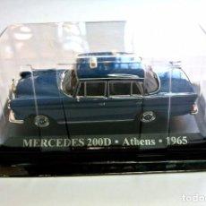 Coches a escala: COCHE TAXI MERCEDES 200D ATENAS 1965 , ALTAYA, 1:43, NUEVO, EMPAQUE SELLADO *. Lote 128529831
