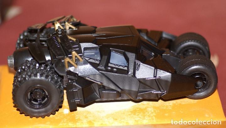 Coches a escala: COCHE BATMAN BATMOBILE THE DARK NIGHT APROX ESCALA 1:43 DE JADA EN caja - Foto 5 - 133032078