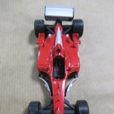 Coches a escala: COCHE. MADE IN CHINA 1/43. FERRARI ROJO. 10.5 CM. 32 GRAMOS. PERFECTO ESTADO. 2002. Lote 135869218