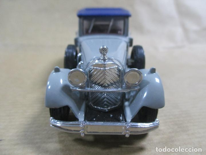 Coches a escala: ANTIGUO COCHE DE METAL. MERCEDES BENZ 1931 TYPE 770. MADE IN CHINA. MODELS OF YESTERYEARS. MATCHBOX - Foto 5 - 136666346