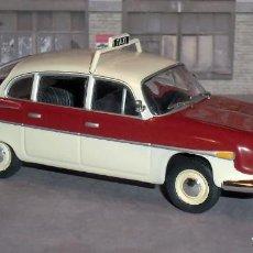 Coches a escala: COCHE TATRA 603 TAXI PRAGA (1961) - ALTAYA 1/43. Lote 137316122