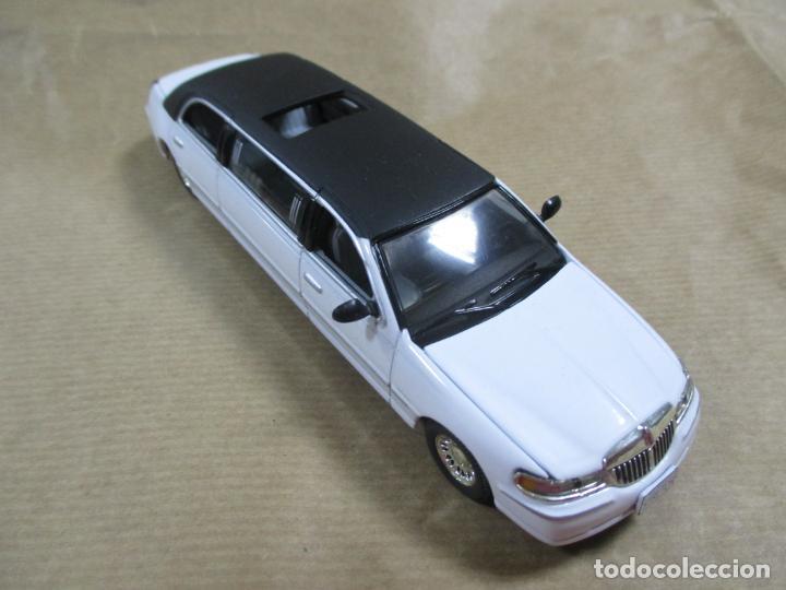Antiguo Coche De Metal 2000 Sun Star Ford Mot Comprar Coches A