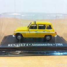 Auto in scala: COCHE IXO ALTAYA - AUTO TAXI RENAULT 4 ANTANANARIVO DE MADAGASCAR (1984), EN BLÍSTER. 1/43. Lote 137631122