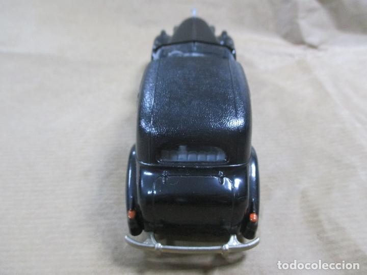 Coches a escala: ANTIGUO COCHE DE METAL. CADILLAC V16 1938 - 40. REXTOYS. FABRICADO EN PORTUGAL. PAPA MINIATURA. 13CM - Foto 2 - 138740594