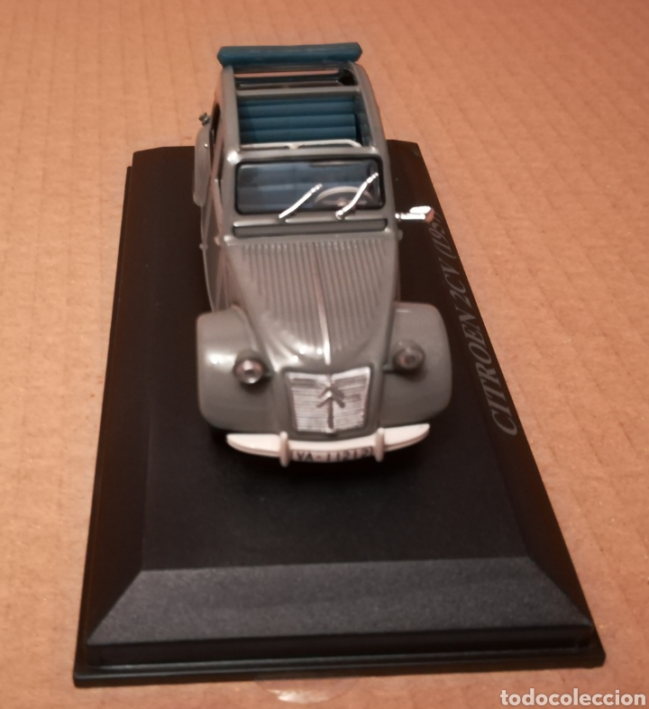 Coches a escala: Coche Citroën 2Cv descapotable - Foto 2 - 139127200
