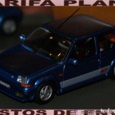 Coches a escala: RENAULT 5 GT TURBO AZUL BLUE ESCALA 1:43 DE UNIVERSAL HOBBIES EN SU CAJA. Lote 140425406