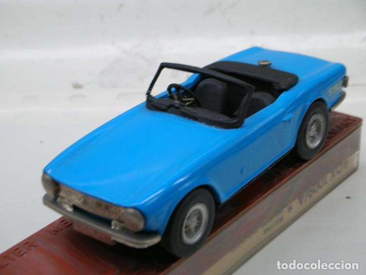 Coches a escala: AUTO REPLICAS 1/43 TRIUMPH TR6 1961 AZUL ERA KIT MADE ENGLAND - Foto 2 - 141463106