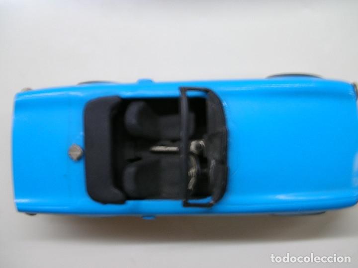 Coches a escala: AUTO REPLICAS 1/43 TRIUMPH TR6 1961 AZUL ERA KIT MADE ENGLAND - Foto 8 - 141463106