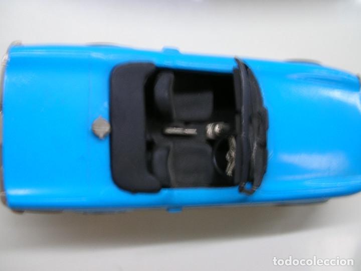 Coches a escala: AUTO REPLICAS 1/43 TRIUMPH TR6 1961 AZUL ERA KIT MADE ENGLAND - Foto 6 - 141463106