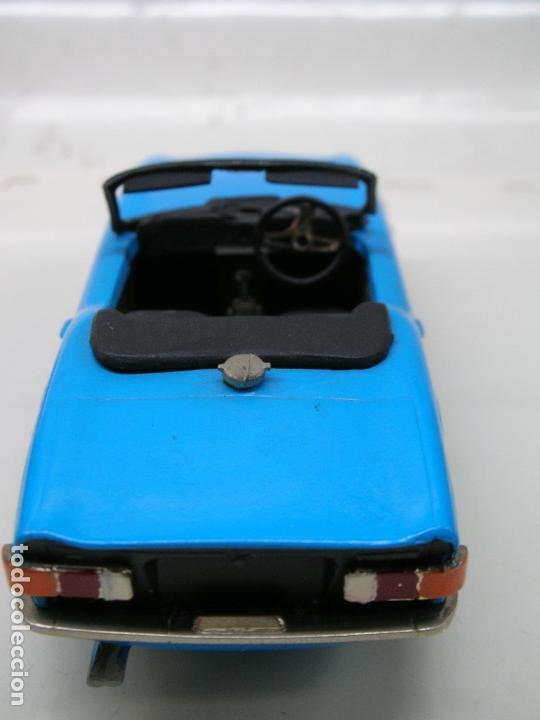 Coches a escala: AUTO REPLICAS 1/43 TRIUMPH TR6 1961 AZUL ERA KIT MADE ENGLAND - Foto 3 - 141463106