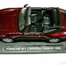 Coches a escala: COCHE PORSCHE 911 CARRERA CABRIO 1995, DEAGOSTINI, 1:43, NO A SIDO RODADO ,CON PEANA BASE *. Lote 143708962